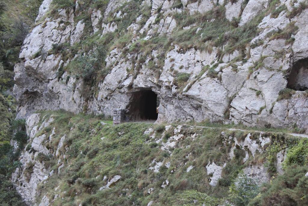 Um dos vários túneis da Ruta del Cares